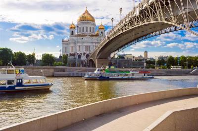 """Причал """"Б.Устьинский мост"""""""