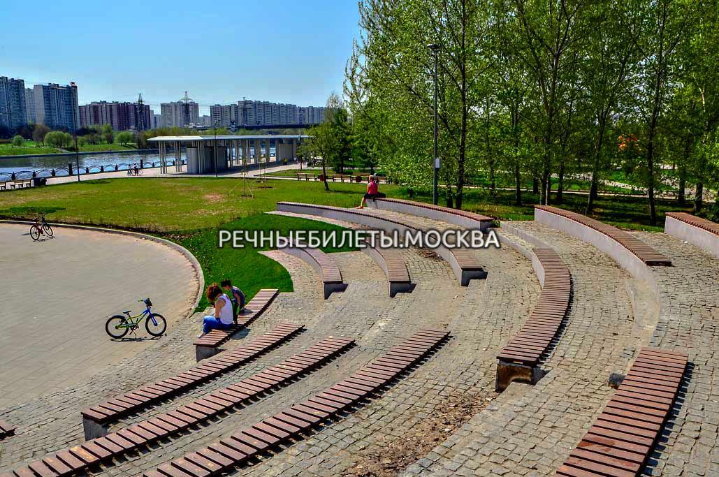Речная прогулка с экскурсией по живописным местам Замоскворечья от парка Печатники
