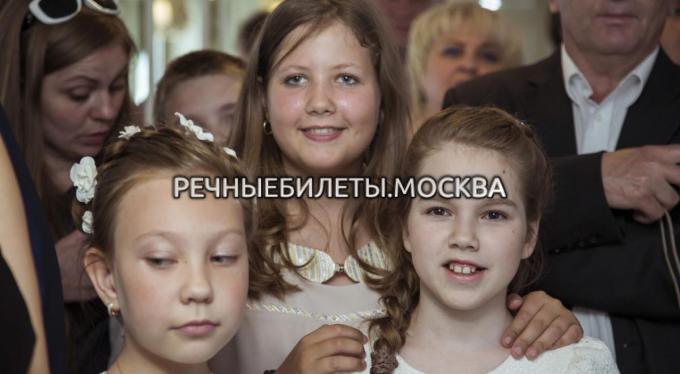 """Фотоотчет с семейного бранча на теплоходе """"Москва-150"""""""