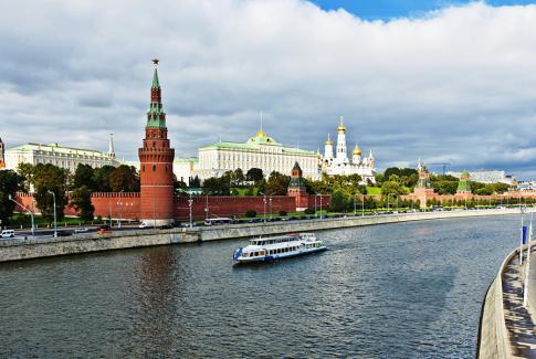 Утренняя прогулка на теплоходе по центру Москвы