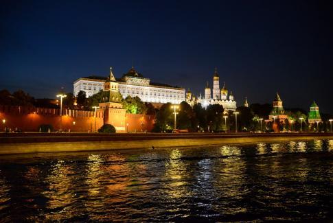 Прогулка по Москве-реке с просмотром салюта в День Победы